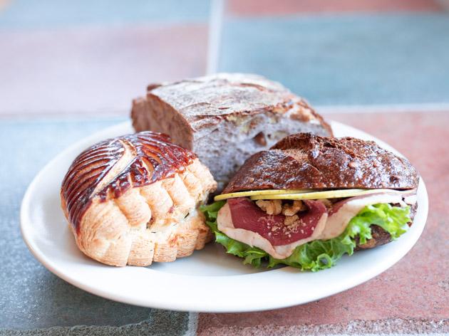 横浜市都筑区のパン屋さんAdachiのパン3種
